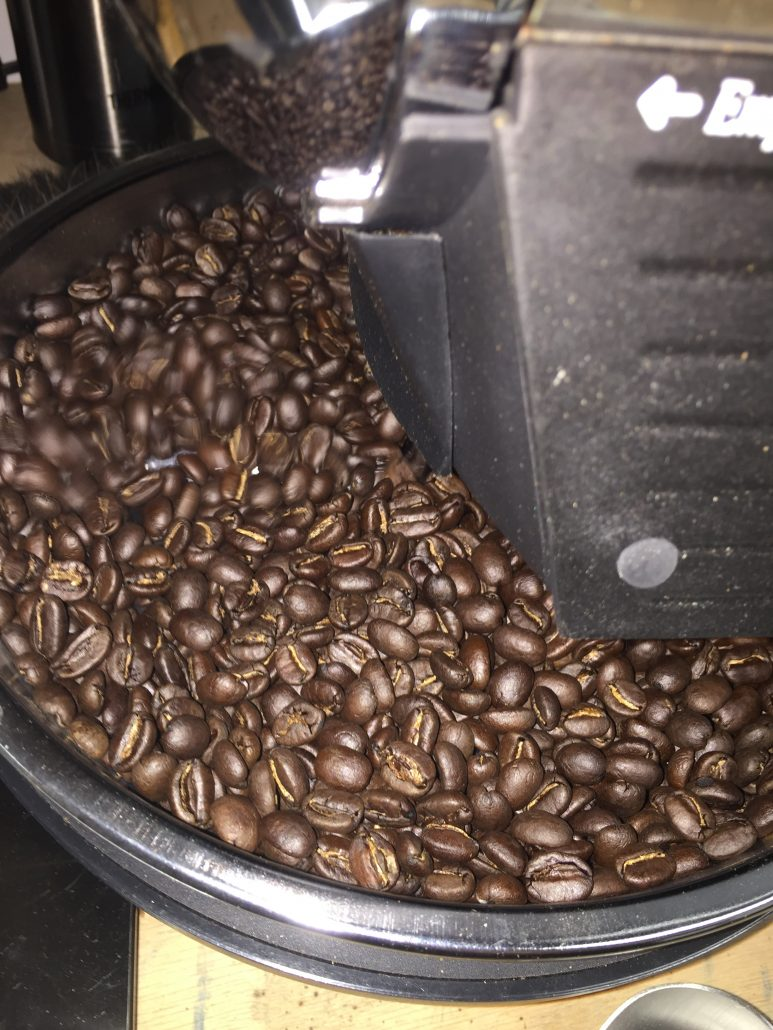 My first roast on the HotTop KN-8828B-2K drum roaster. Looks great!
